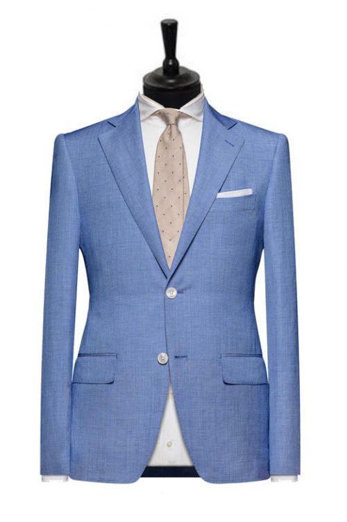 costum albastru deschis